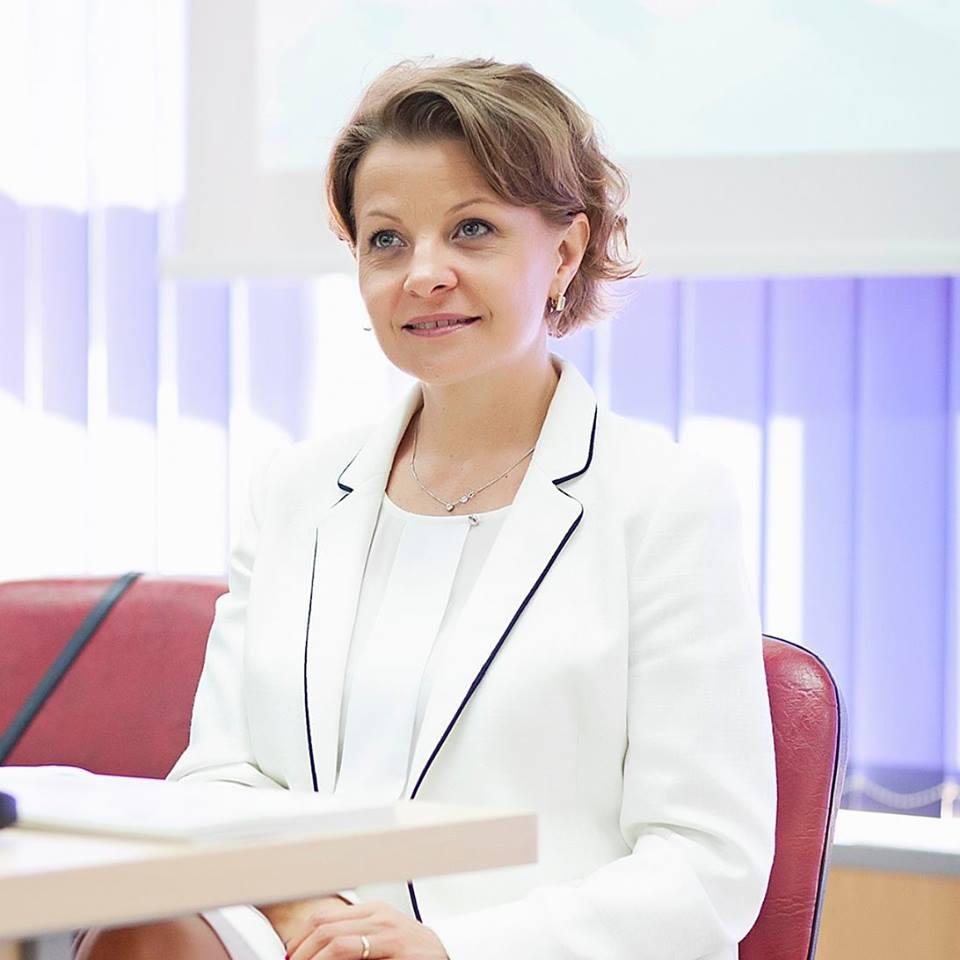 Conf. Dr. Mártha Krisztina